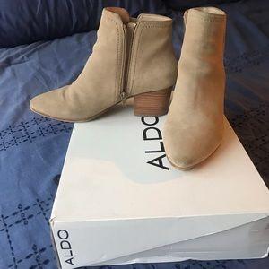 ALDO beige booties size 9